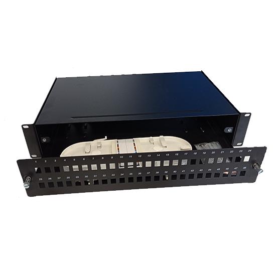 Patch panel 48 ports, SX, 2U, 2 splice trays 48 splice protectors